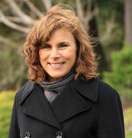 Dr. Lucia Vracin