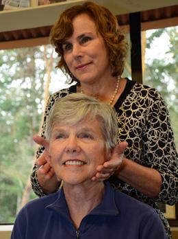 Bainbridge Island chiropractor Dr. Lucia Vracin with a patient